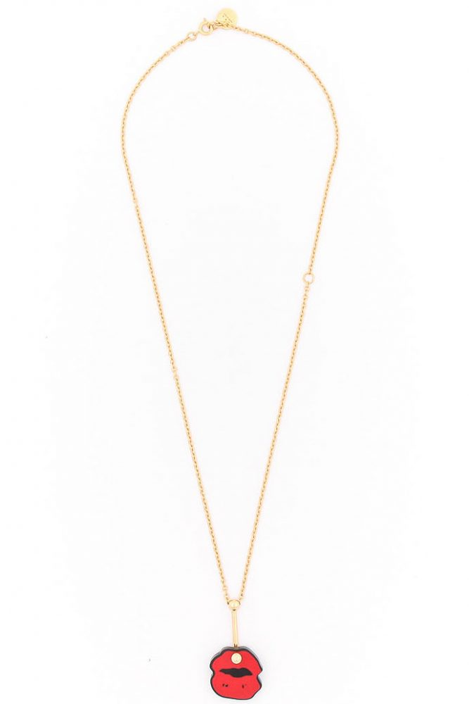 KISS NECKLACE $2,900